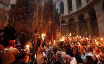 8. apríla 2018 (Pascha) – Cesta po blahodatný oheň