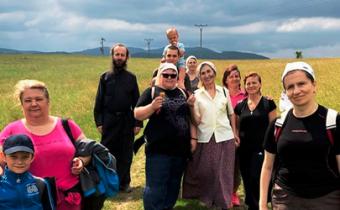 22.-23. júna 2019 sa uskutočnila Púť zBindtu do Závadky aslávnostná liturgia včesť chrámového prázdnika roždestva sv. Jána Krstiteľa